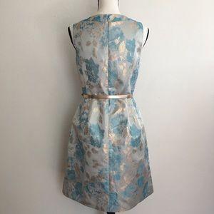 Tahari Dresses - Tahari blue gold metallic princess dress with belt